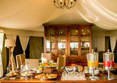 elephant-camp-lodge-breakfast