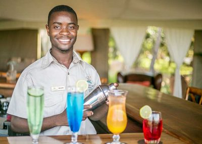 elephant-camp-lodge-staff